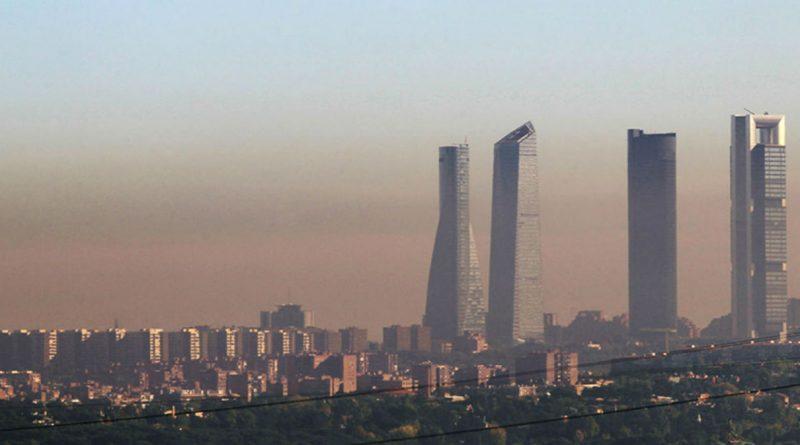 Madrid mantiene las limitaciones de velocidad en la M-30 y vías de acceso a la M-40 por contaminación