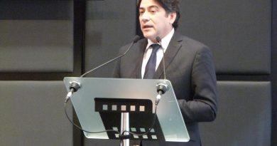 Foto del Consejero de Vivienda, David Pérez
